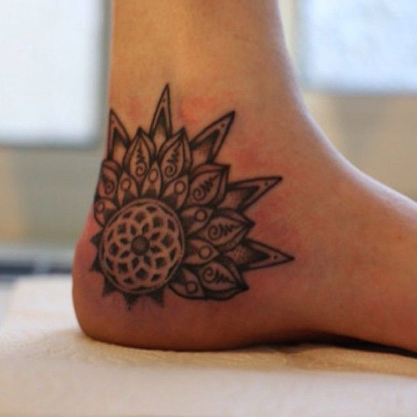 ankle tattoos photo - 11