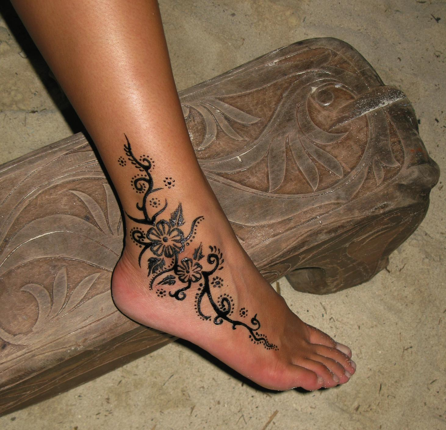 ankle tattoos photo - 2