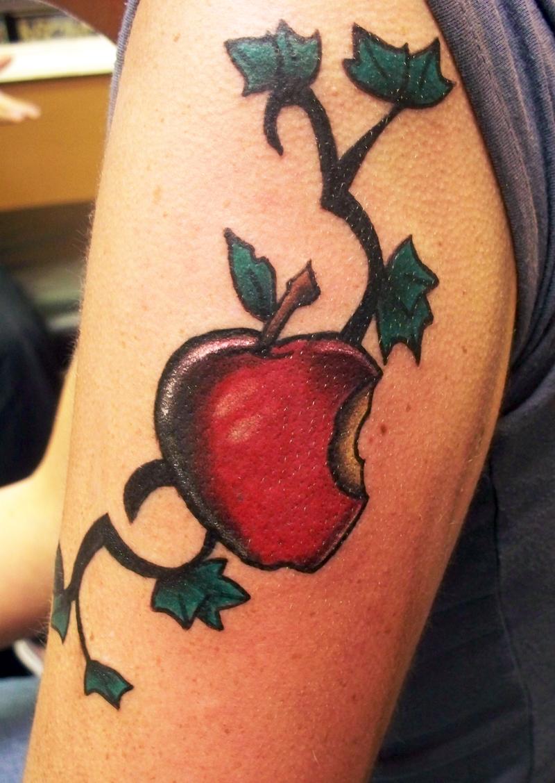 apple tattoos photo - 13