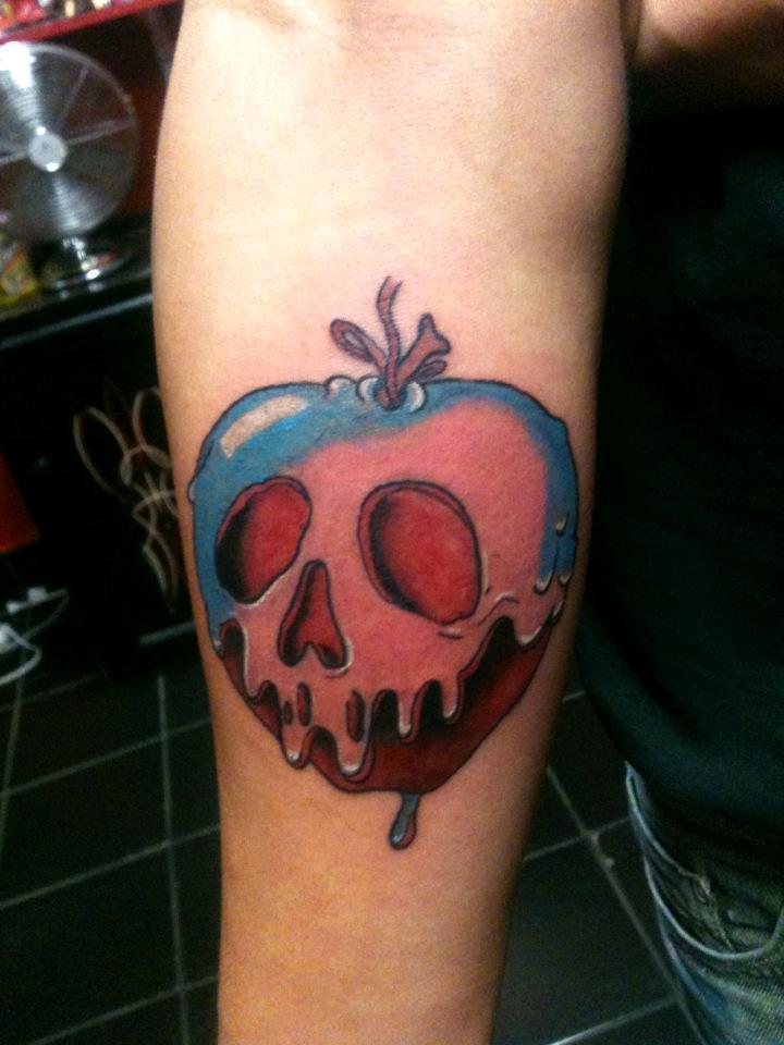 apple tattoos photo - 22
