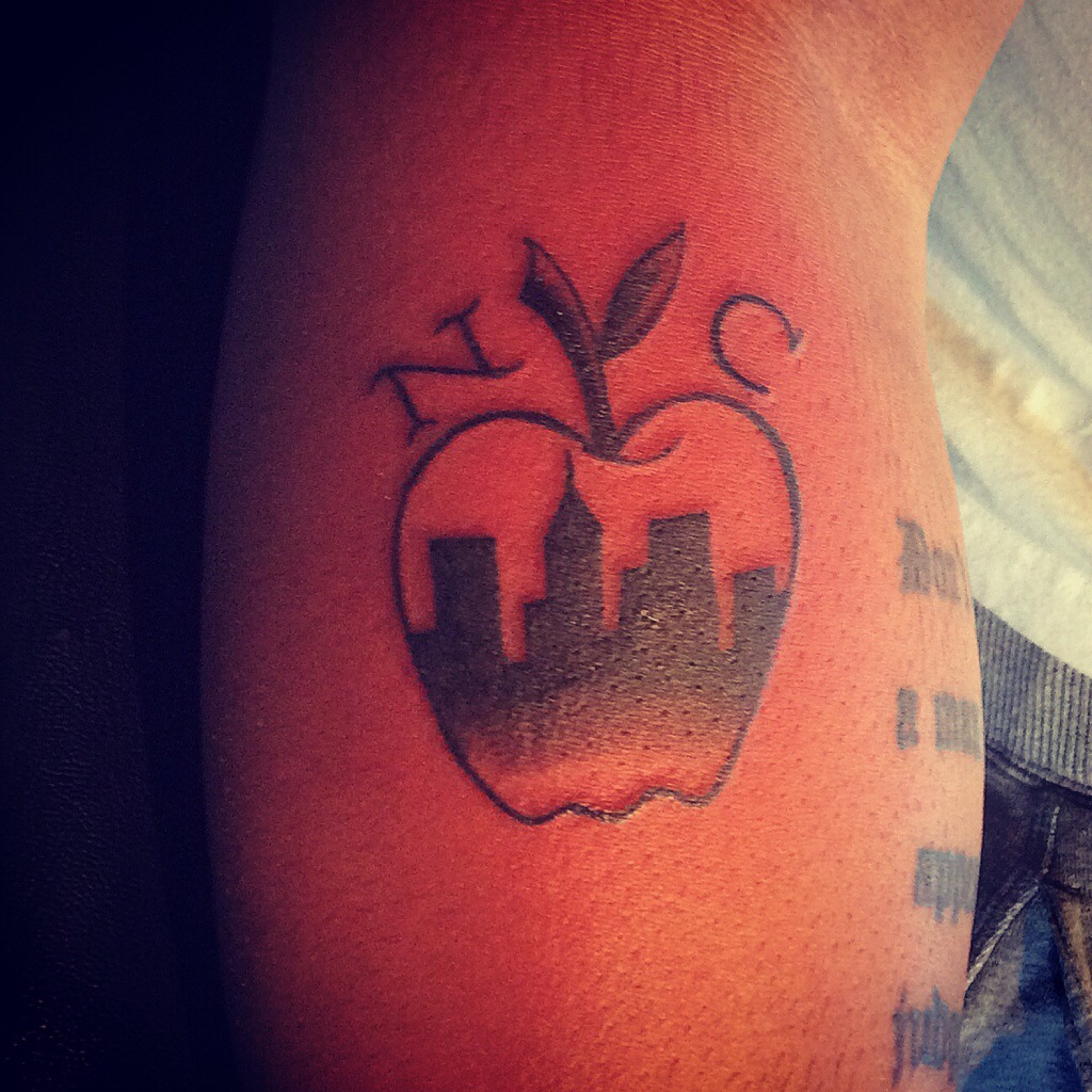 apple tattoos photo - 5