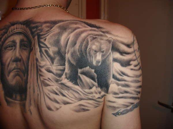 bear tattoos photo - 10