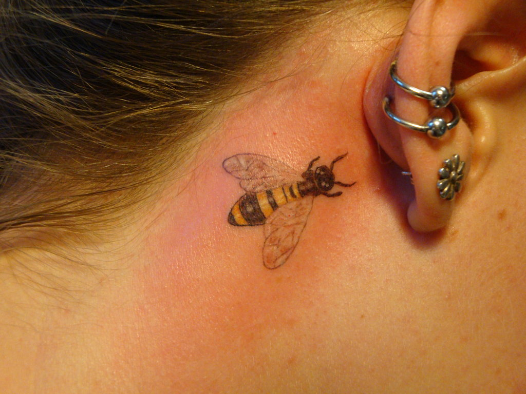 bee tattoos photo - 35