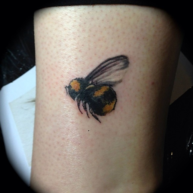 bee tattoos photo - 37