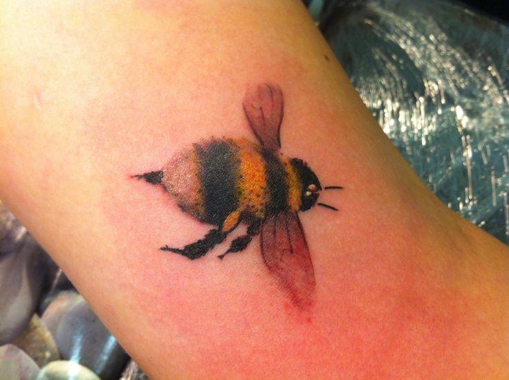 bee tattoos photo - 42