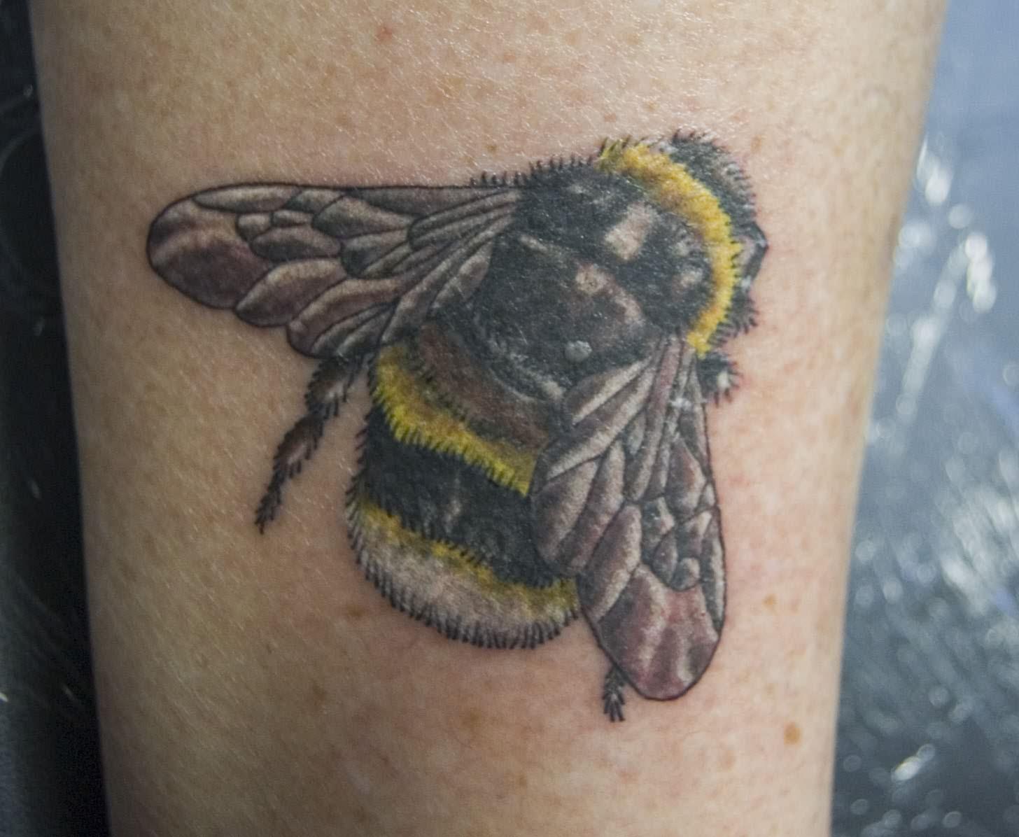bee tattoos photo - 5