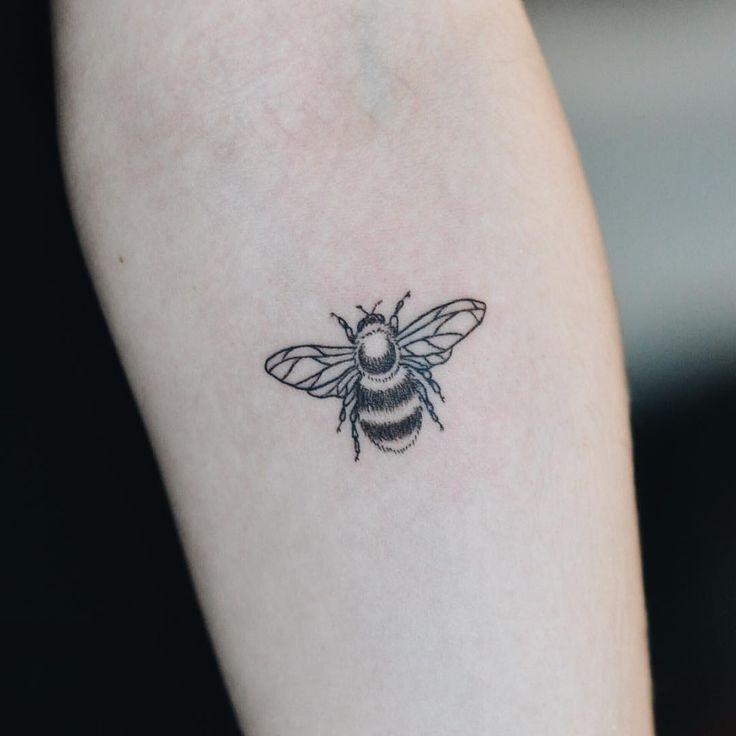bee tattoos photo - 7