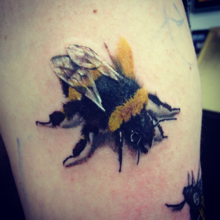 bumblebee tattoos photo - 11