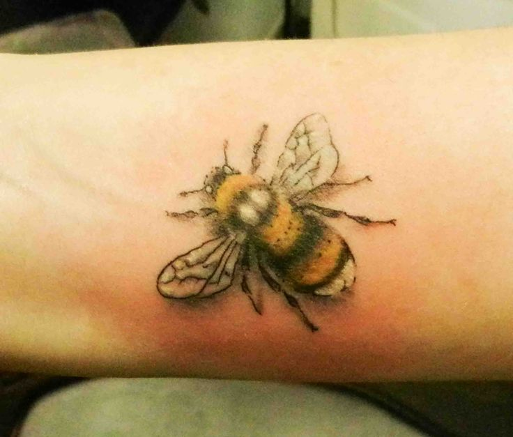 bumblebee tattoos photo - 17