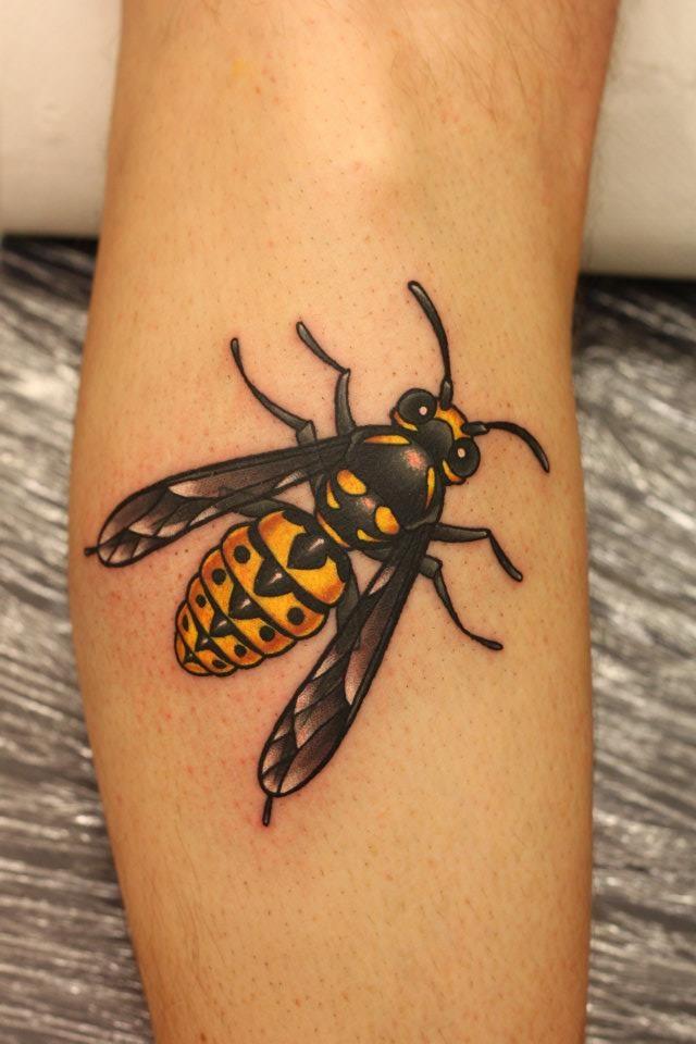 bumblebee tattoos photo - 18