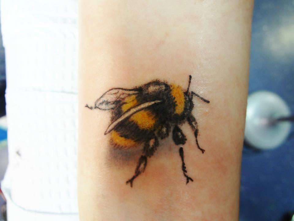 bumblebee tattoos photo - 35