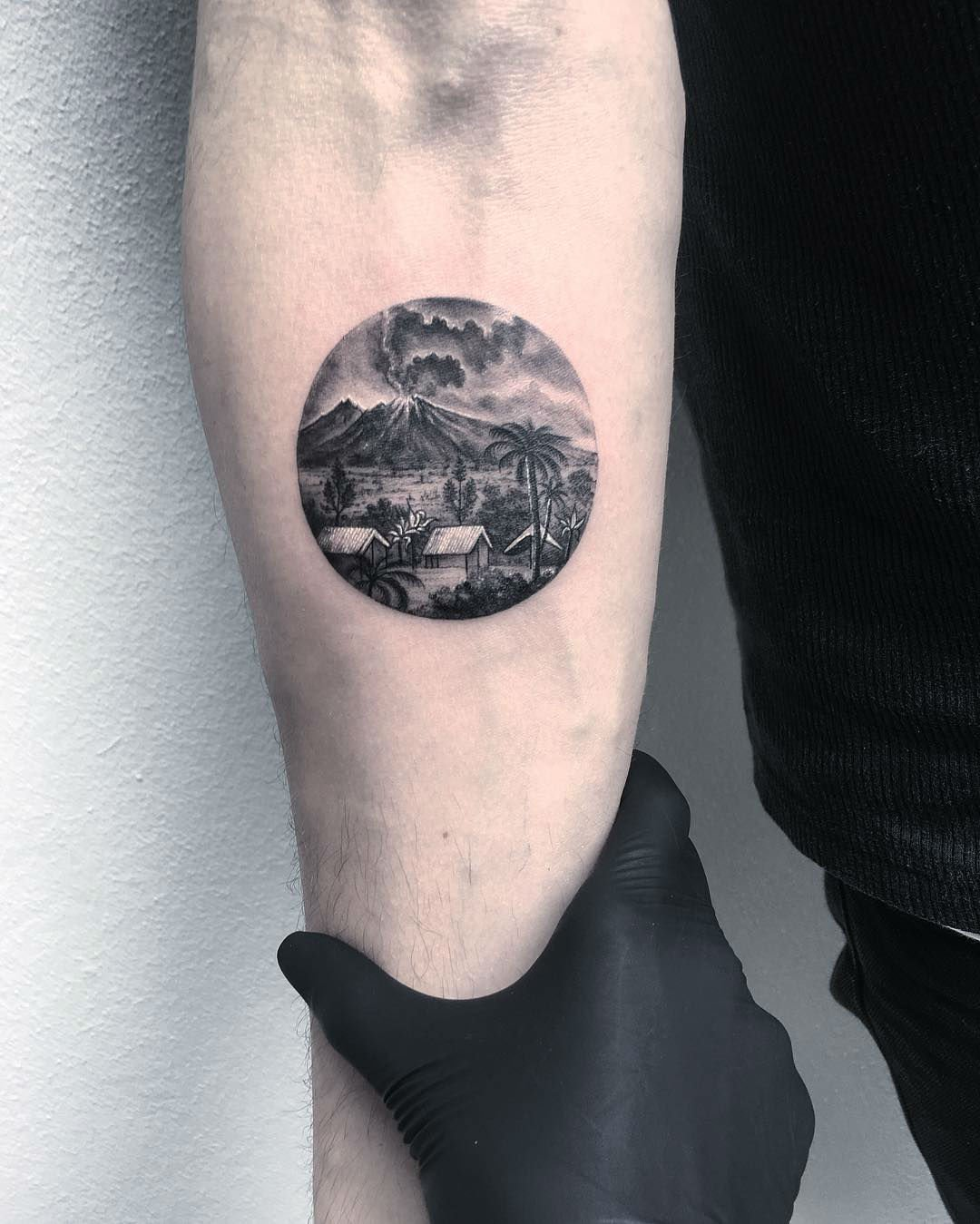 circle tattoos photo - 16