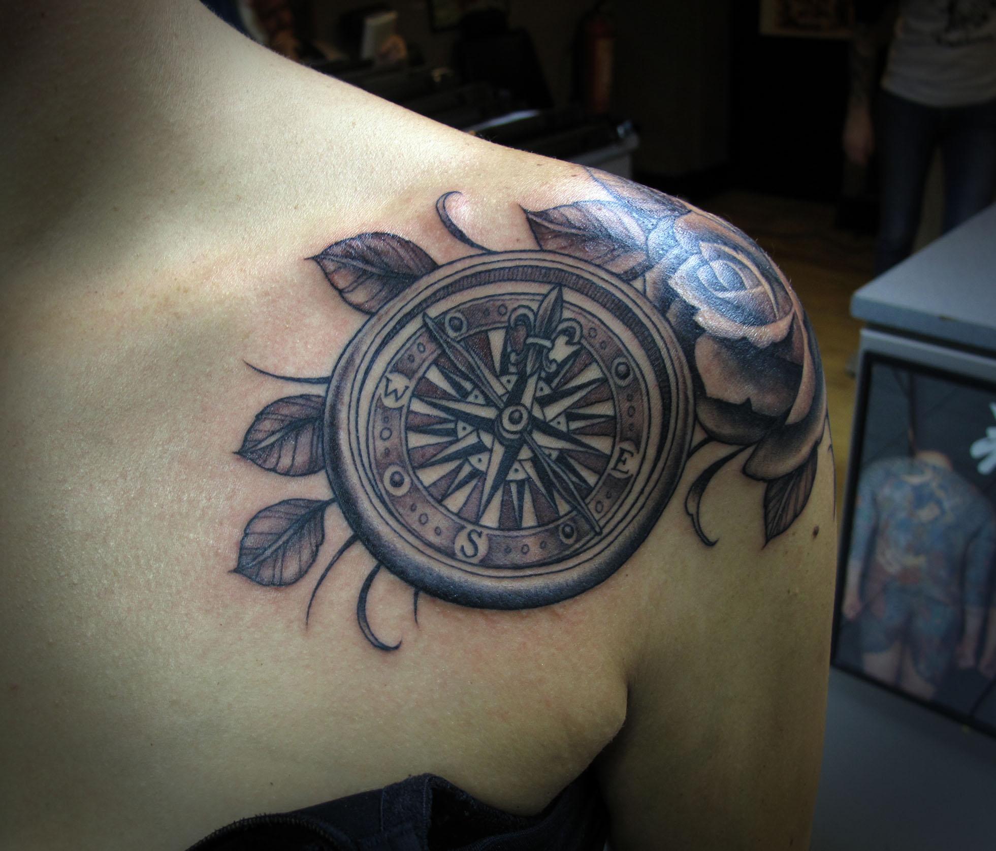 compass tattoos photo - 7