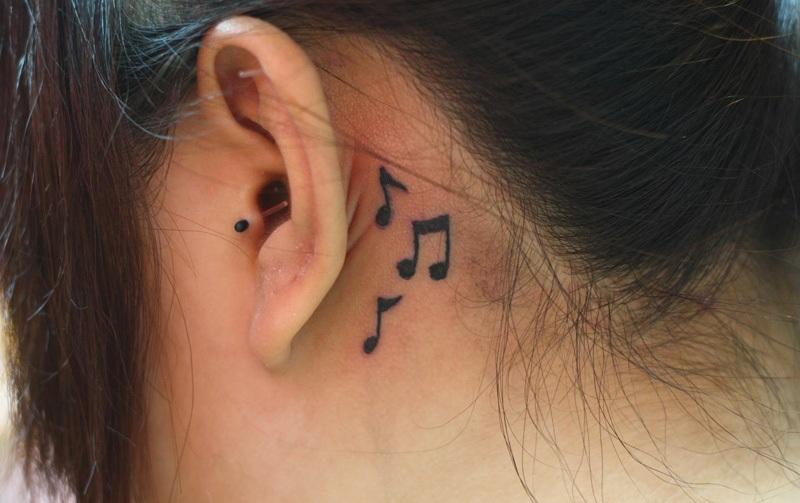 ear tattoos photo - 29