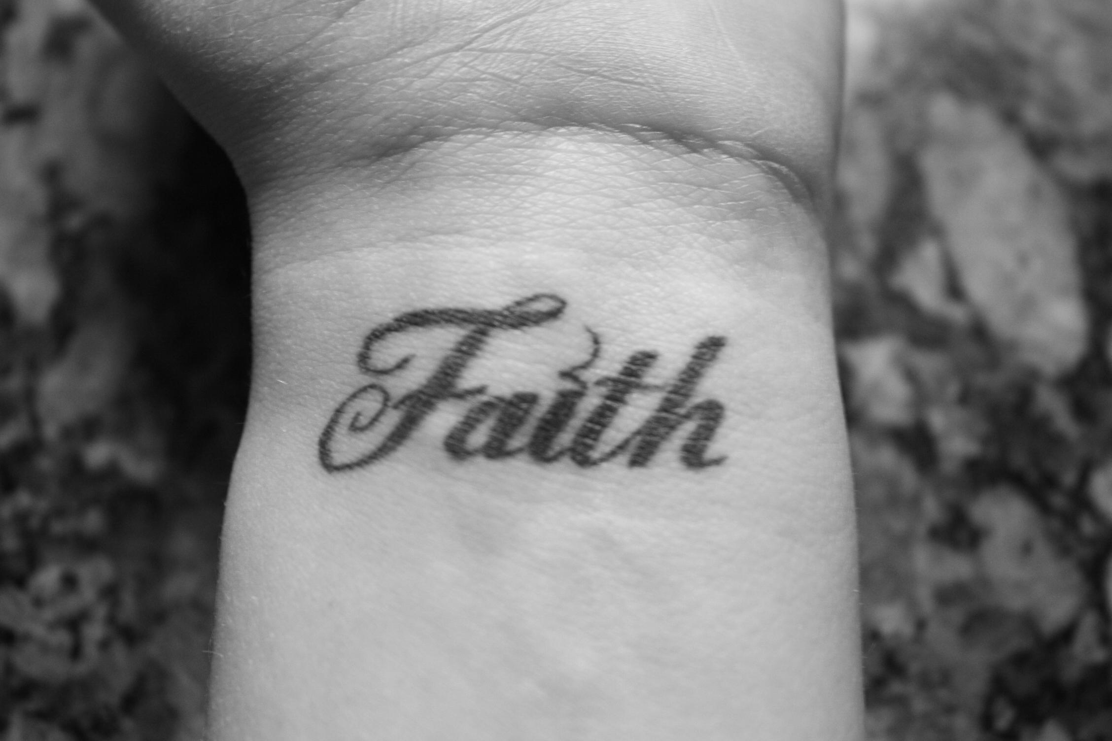 faith tattoos photo - 31