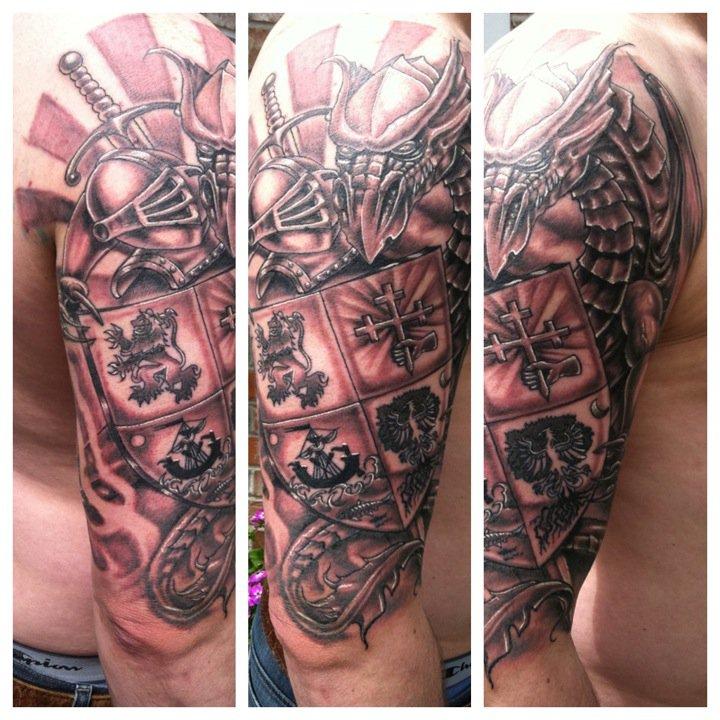 family crest tattoos photo - 13