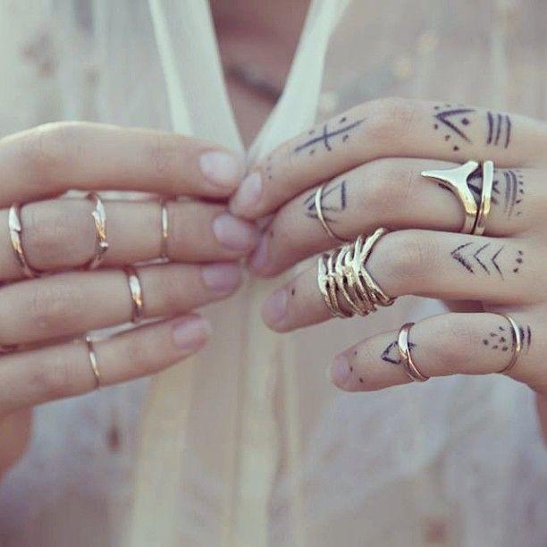finger tattoos photo - 11