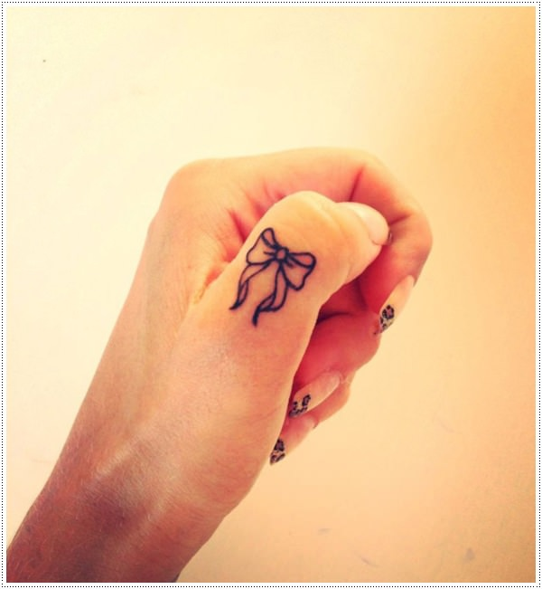 finger tattoos photo - 28