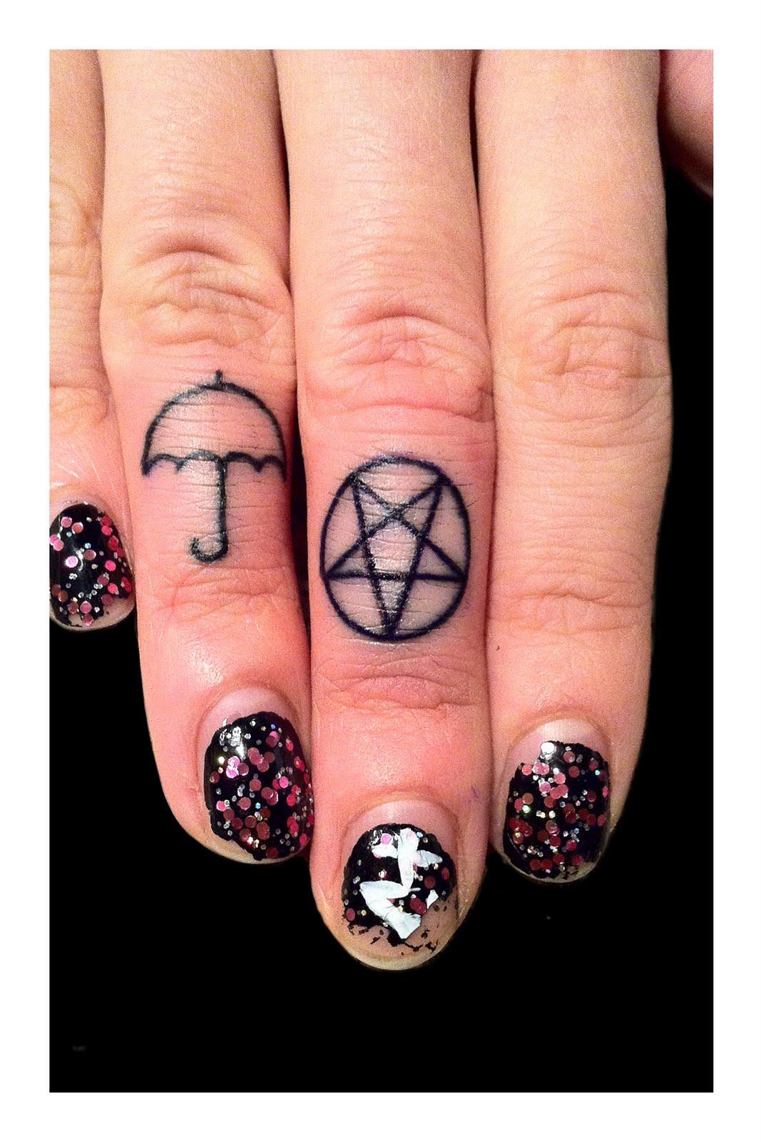 finger tattoos photo - 34