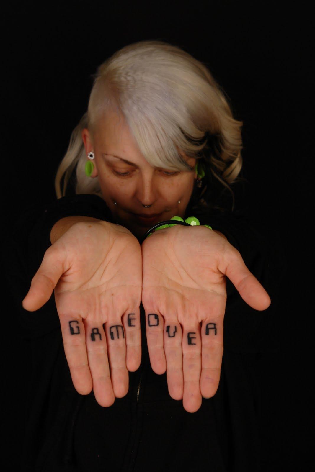 finger tattoos photo - 35