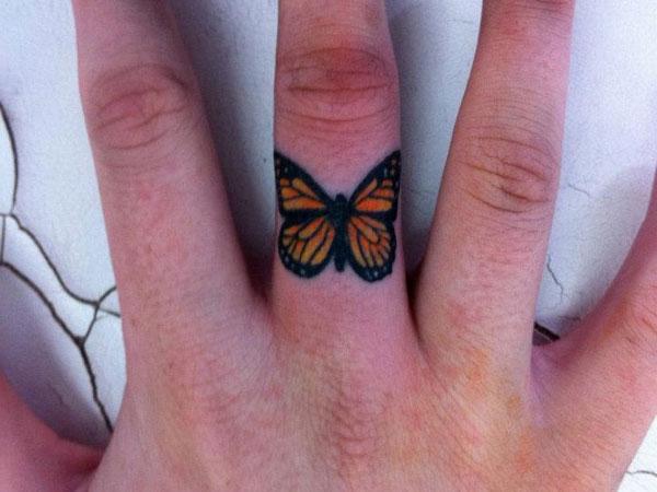 finger tattoos photo - 40