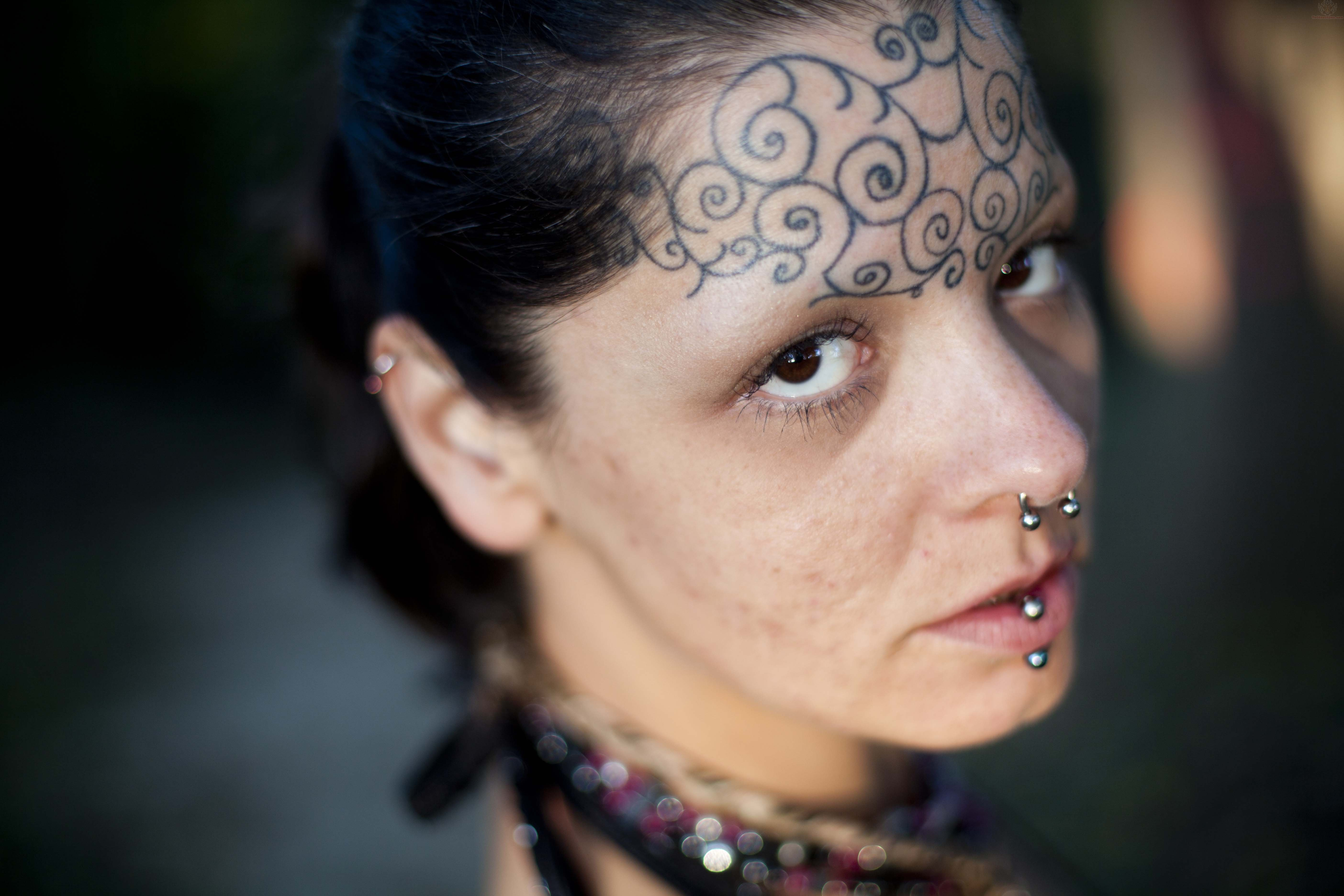 forehead tattoos photo - 2