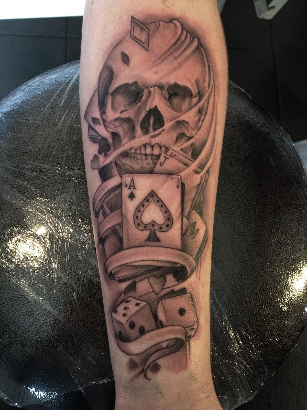 gambling tattoos photo - 5