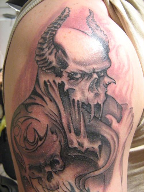 gothic tattoos photo - 11