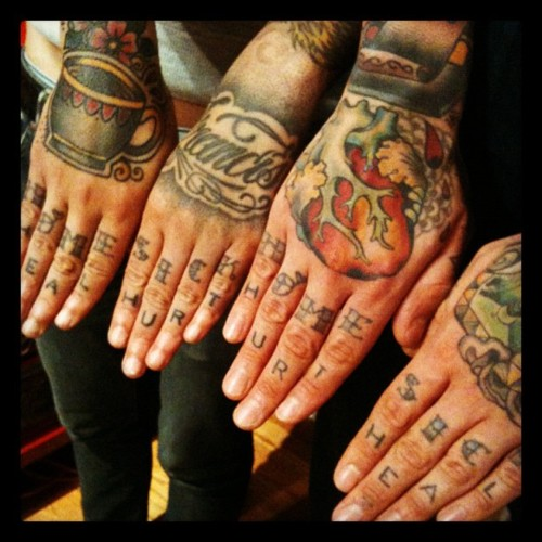 hand tattoos photo - 11