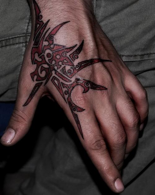 hand tattoos photo - 2