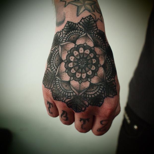 hand tattoos photo - 44