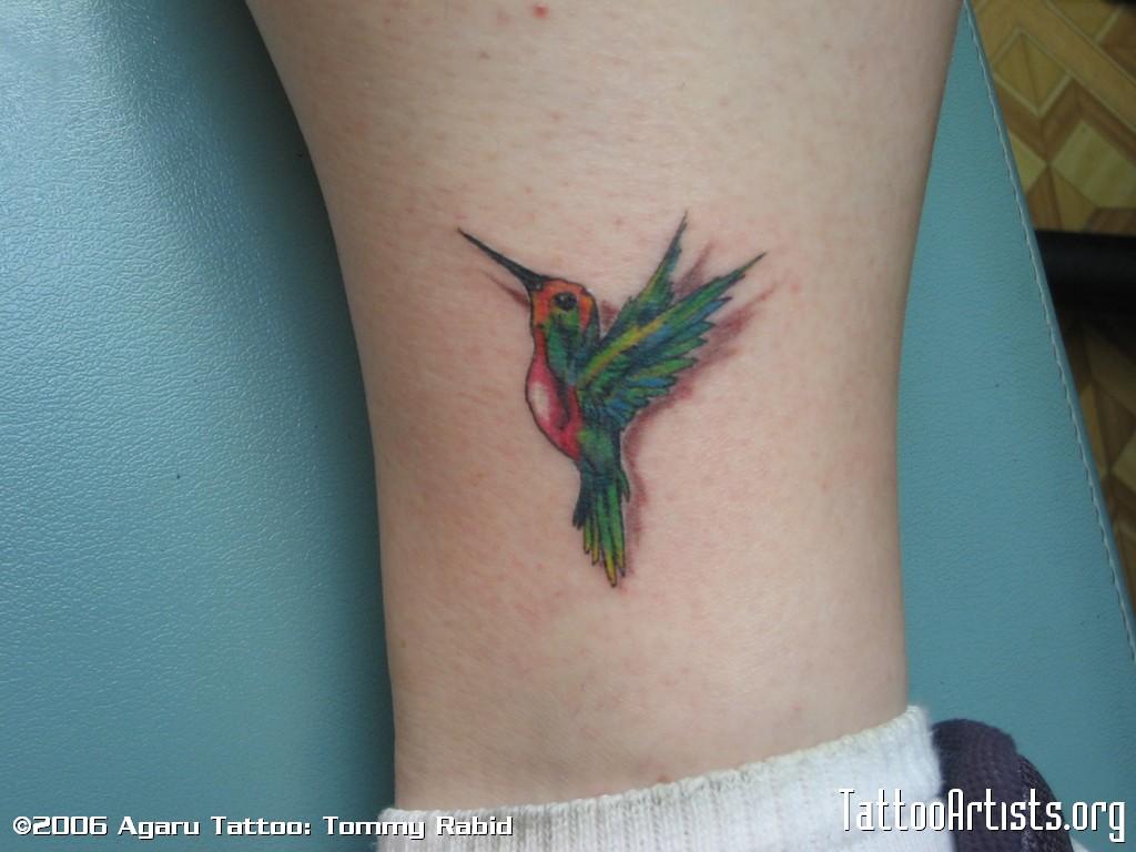 Hummingbird tattoos tattoo ideas and design for Hummingbird hip tattoo