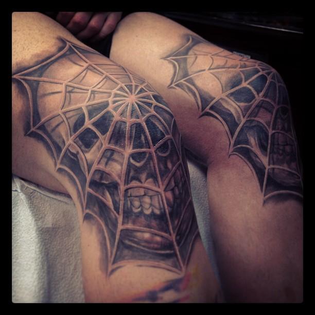 knee tattoos photo - 28