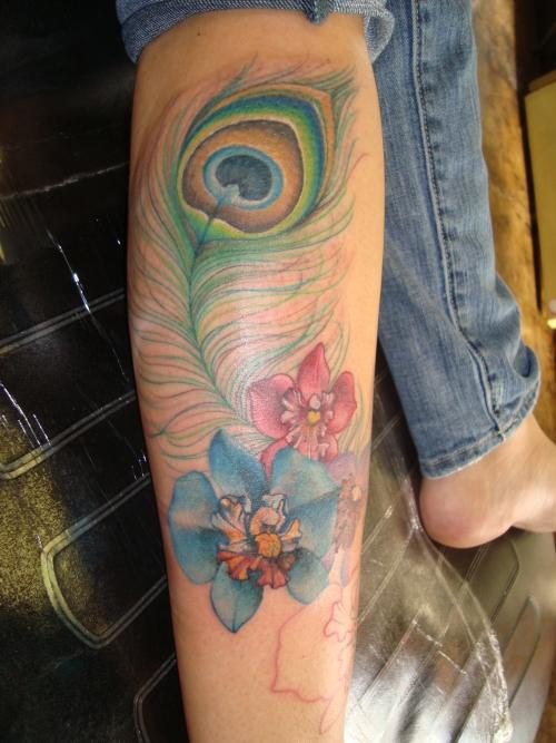 leg tattoos photo - 11