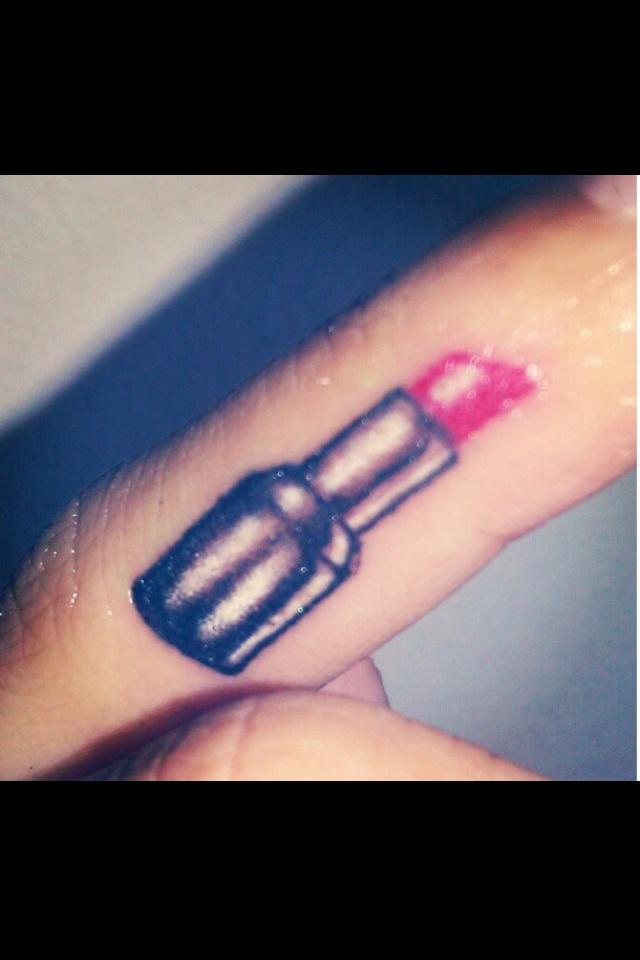 lipstick tattoos photo - 26