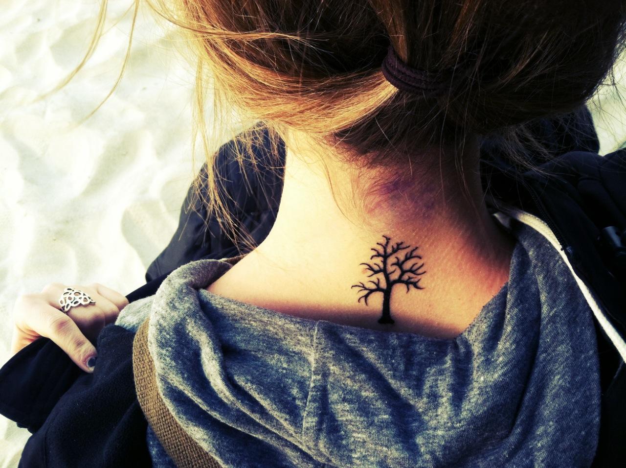 neck tattoos photo - 23