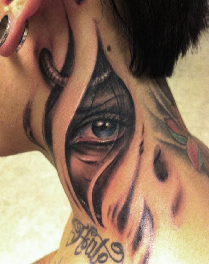 neck tattoos photo - 29