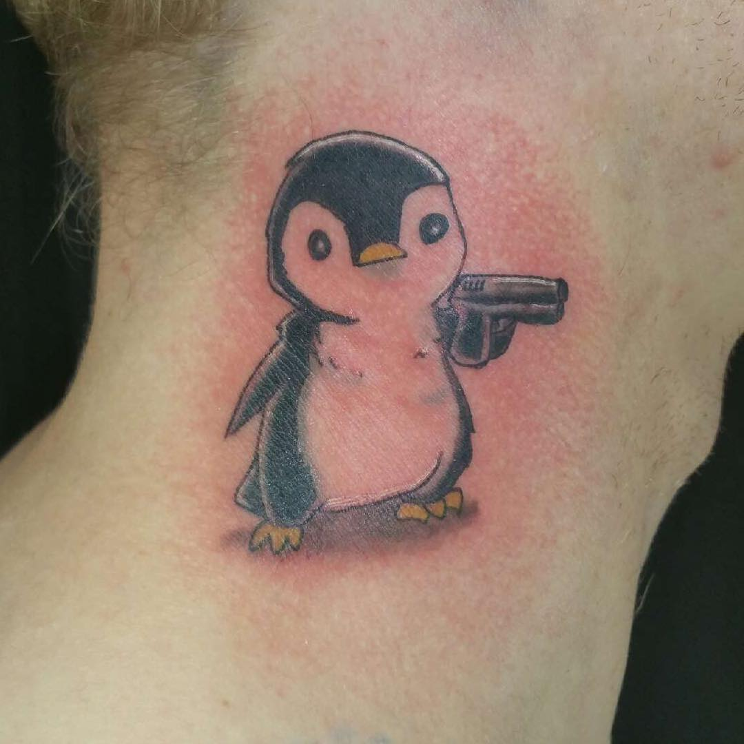 10 Penguin Tattoo Designs And Ideas: Penguin Tattoos Designs And Ideas (photo)