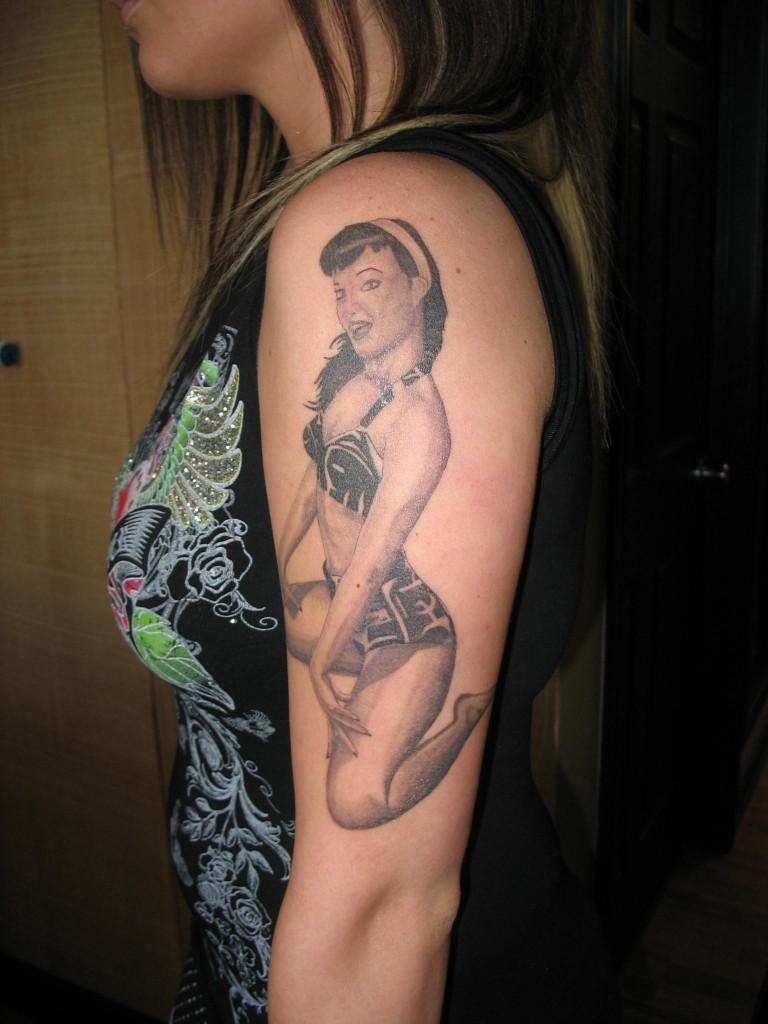 pin up girl tattoos photo - 14
