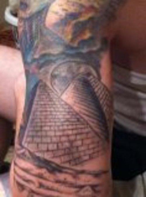 pyramid tattoos photo - 22