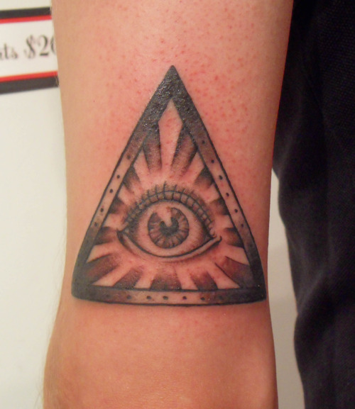 pyramid tattoos photo - 36