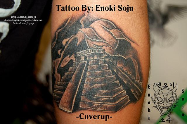 pyramid tattoos photo - 38