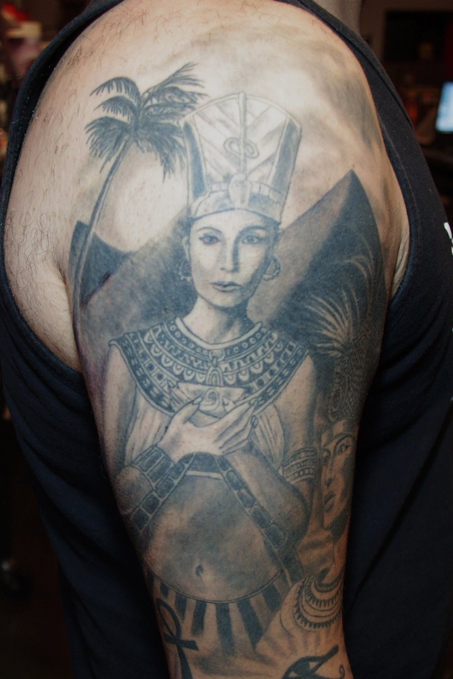queen tattoos photo - 15