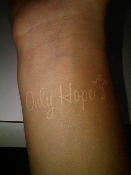 white ink tattoos photo - 5