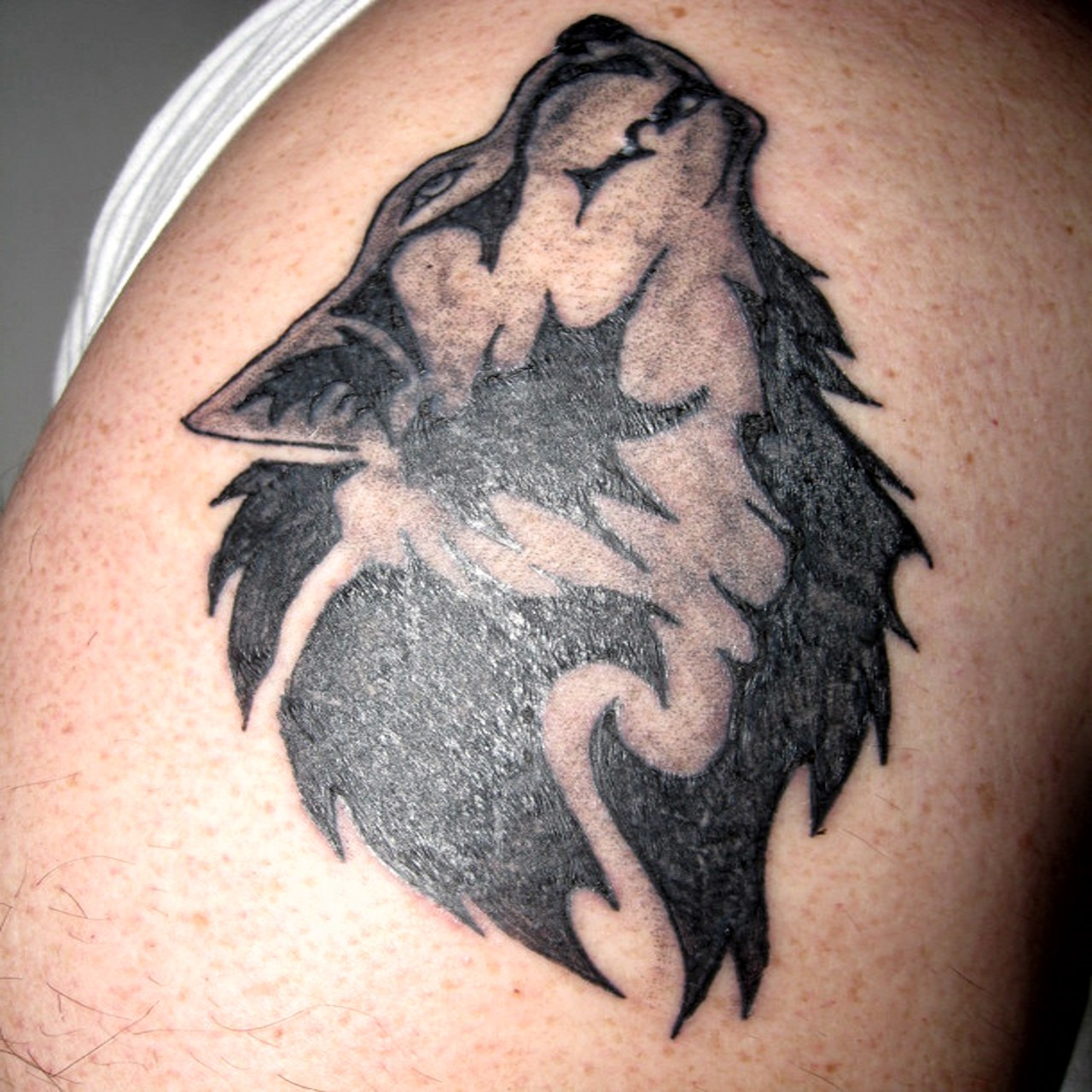 wolf tattoos photo - 23