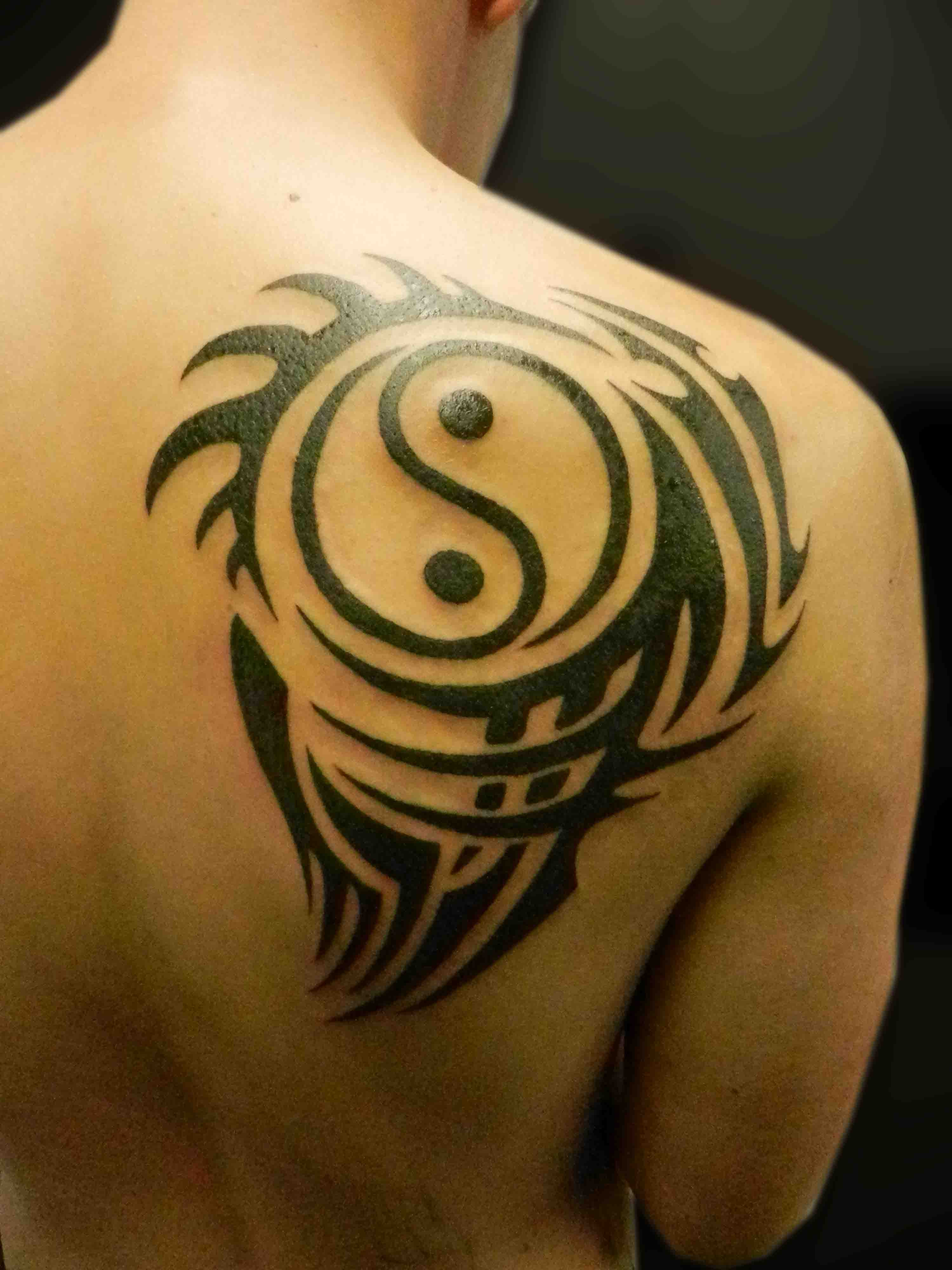 ying yang tattoos photo - 27