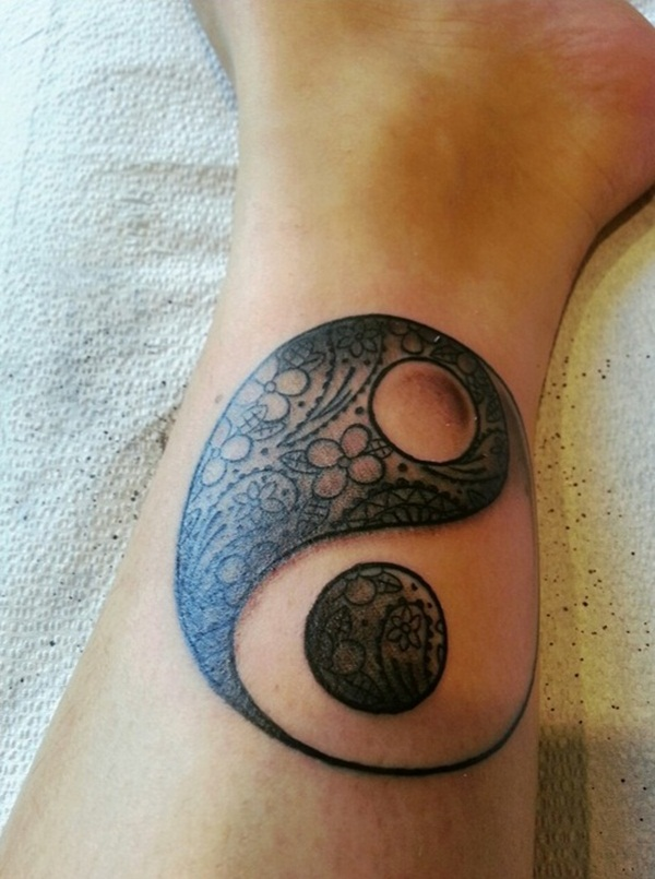 ying yang tattoos photo - 3