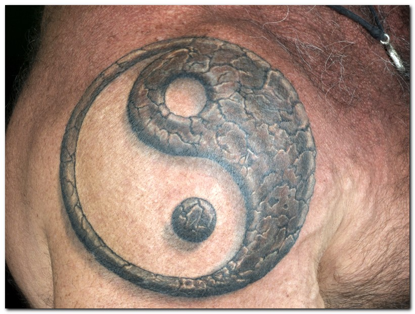 ying yang tattoos photo - 7